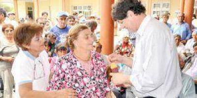 7600 pensionados cobrarán el aumento del Gobierno