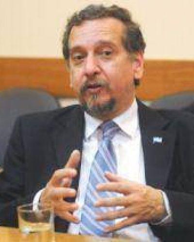 Barañao garantizó la seguridad en el traslado del Banco Genético