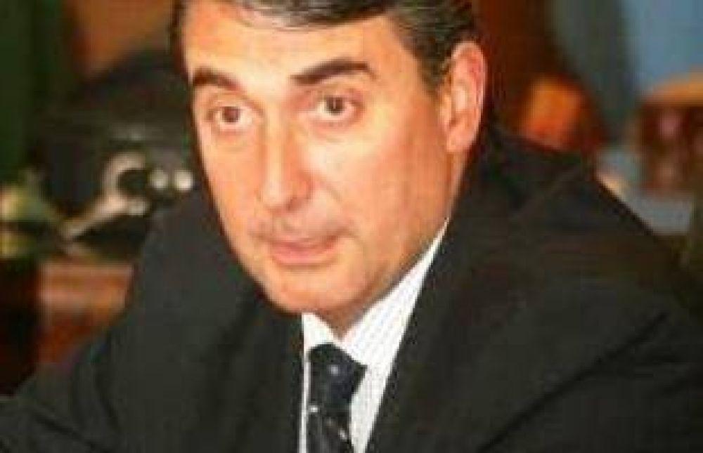 Raúl Cheyllada asume como Secretario de Producción
