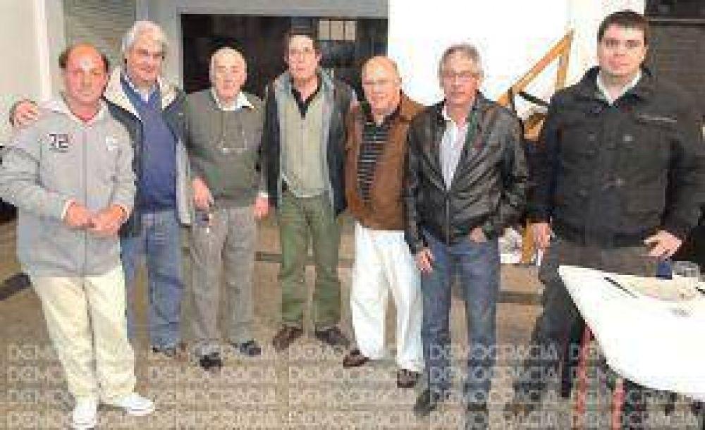 Los jubilados mercantiles festejaron su día en un concurrido almuerzo