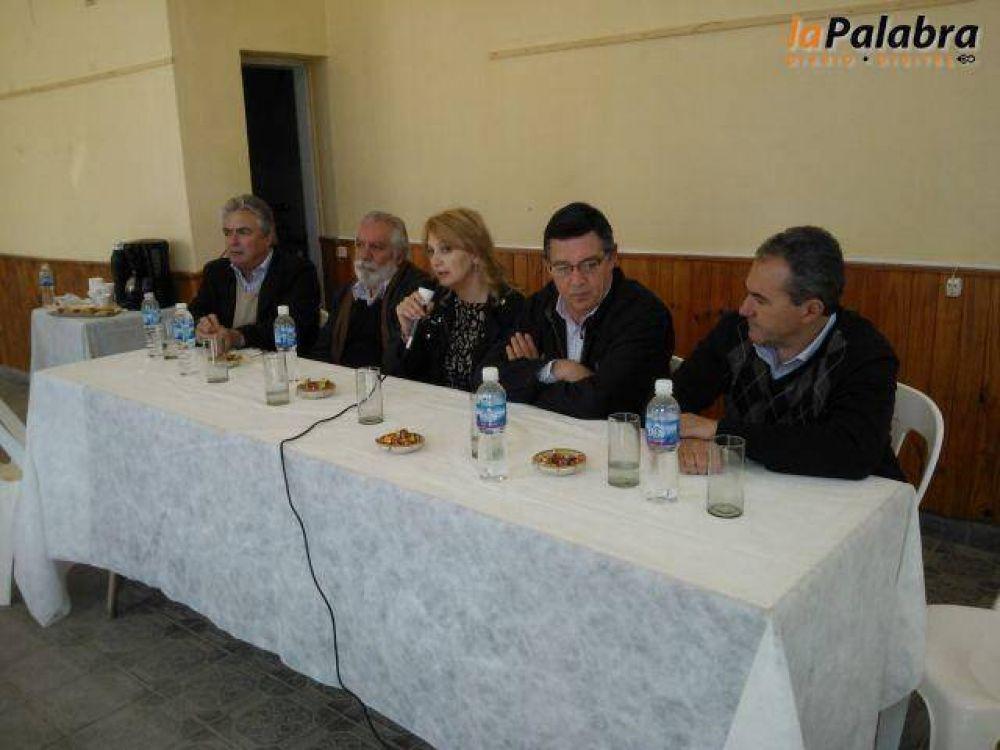 Con Linares, Tunessi y Oliver, se lanzó la campaña del Frente Progresista