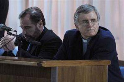 "La Iglesia le prohibió al padre Grassi ejercer el ministerio sacerdotal como ""medida disciplinaria"""