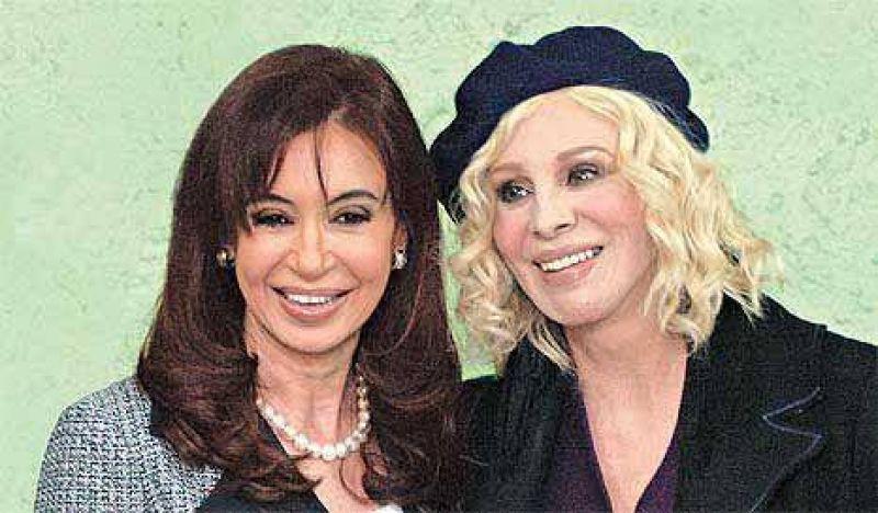Proselitismo oficial: Cristina visitó la Casa del Teatro con Nacha Guevara