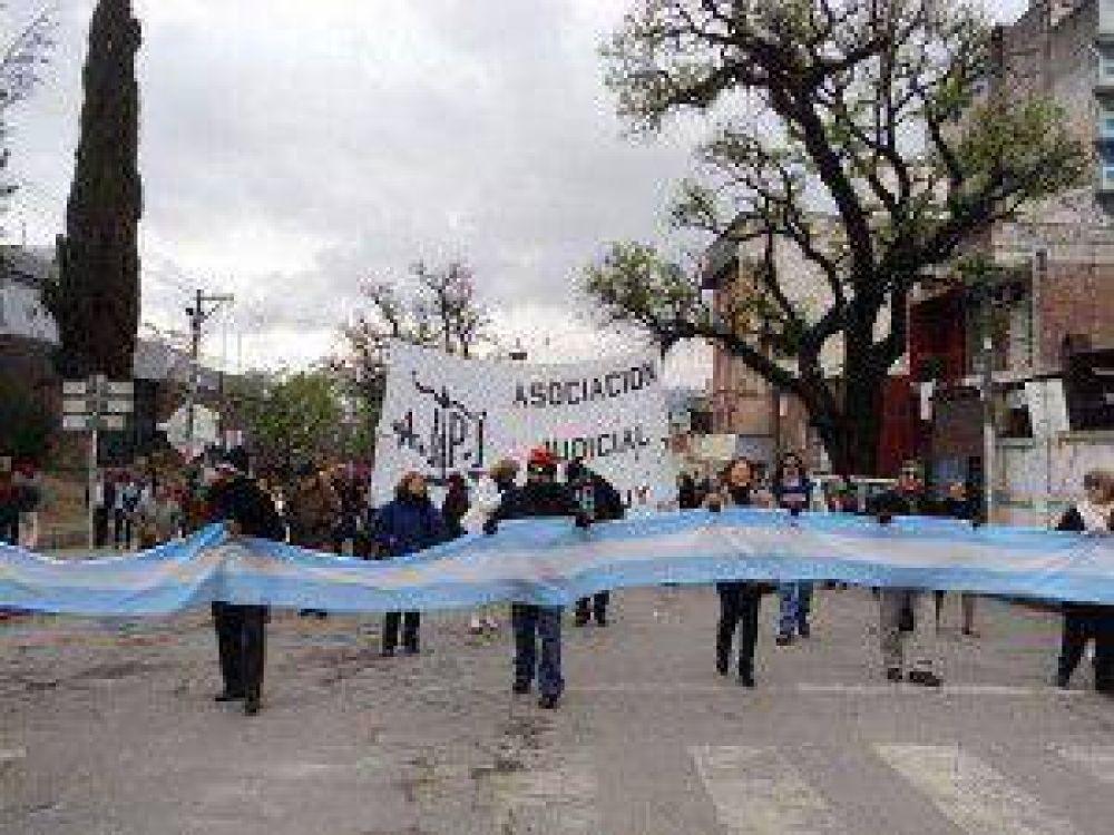 """Judiciales de Jujuy aseguran que desde el Poder Ejecutivo y el Judicial """"nos han subestimado"""""""