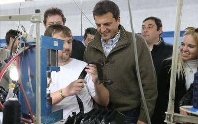 Elecciones 2013: Acto de Massa en Bah�a Blanca y gira en la sexta secci�n