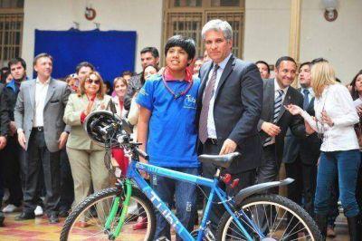 """TuBi y Todos los Chicos en la Red llegaron al """"Juan Pascual Pringles"""""""