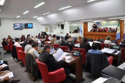 Prorrogan vencimientos del impuesto inmobiliario rural para beneficiar al campo