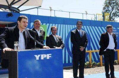 Capitanich y Galuccio inauguraron un Módulo de Abastecimiento Social de YPF