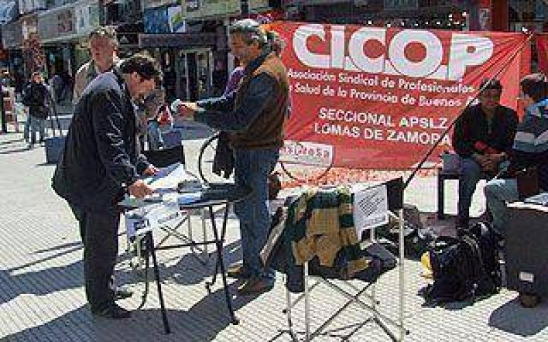"""CICOP protestó y criticó que el Municipio está en """"piloto automático"""""""