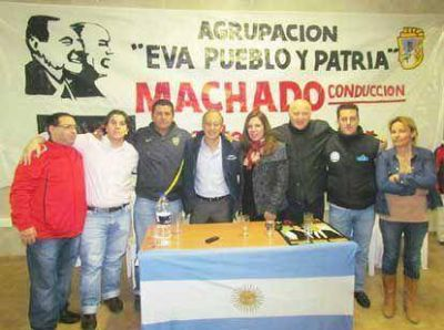 Machado y el Frente Renovador abrieron un nuevo espacio de debate en Isla Maciel