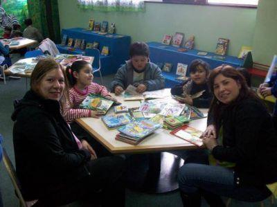 El viernes se realizará la Maratón de Lectura en la biblioteca Lenzi