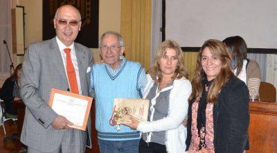 Néstor Mancini recibió el Premio Ignacio Goñi a la trayectoria