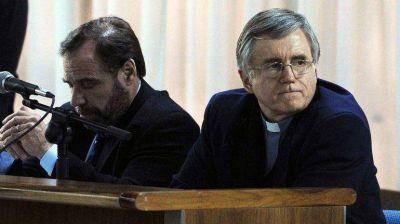 Piden ampliar la condena al padre Grassi a 37 años