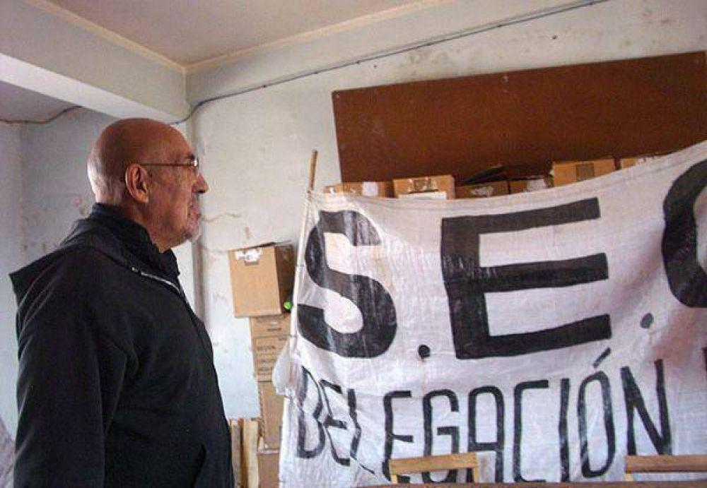 """Carlos """"Perro"""" Santillán recuperó la sede gremial del SEOM"""