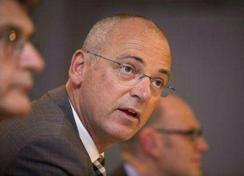 El CEO de Fonterra dice que los precios de la leche están muy altos y deberían bajar
