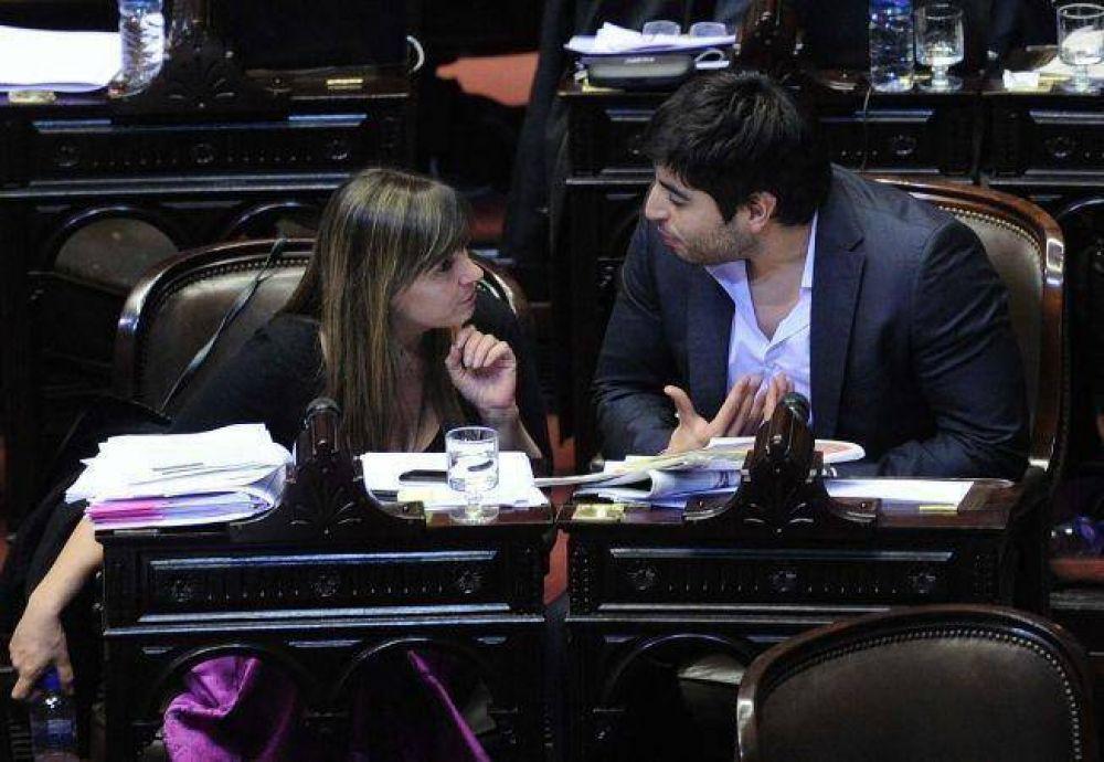 Facundo Moyano se resiste a votar contra el Gobierno y los K confían en él para 2014