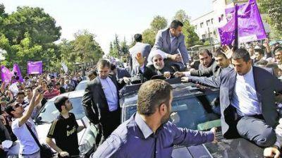 Vivas y repudio a Rohani en Irán por dialogar con Obama