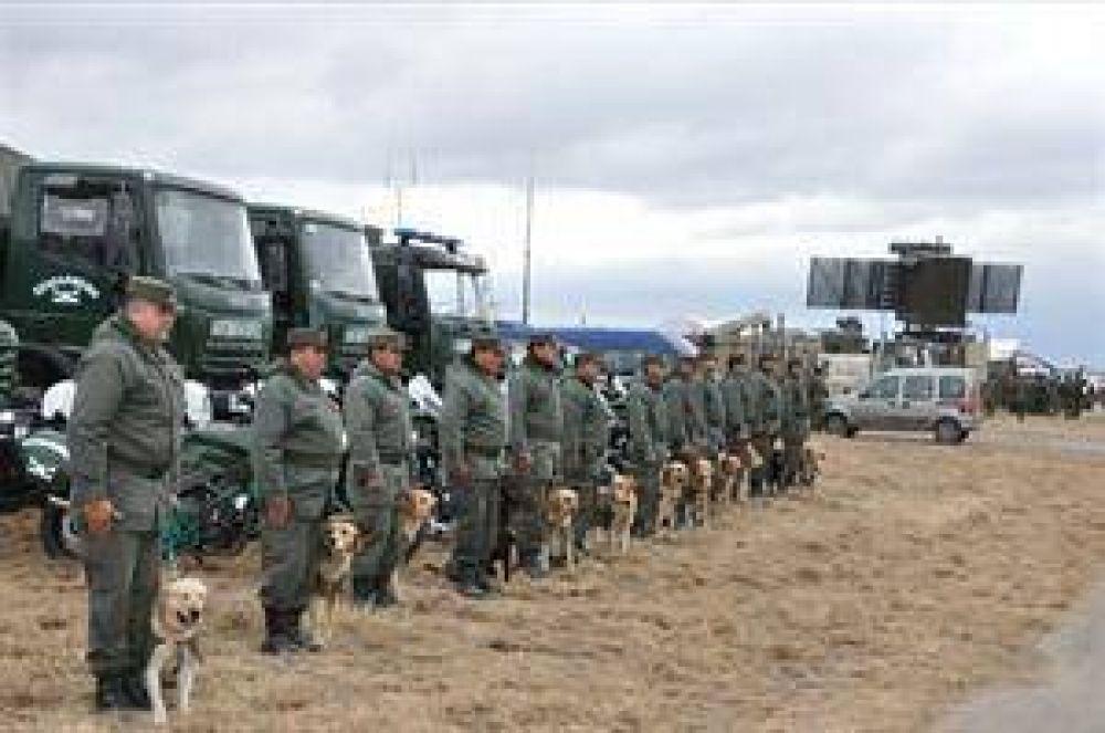 Unidades mixtas de soldados y gendarmes patrullan el Norte