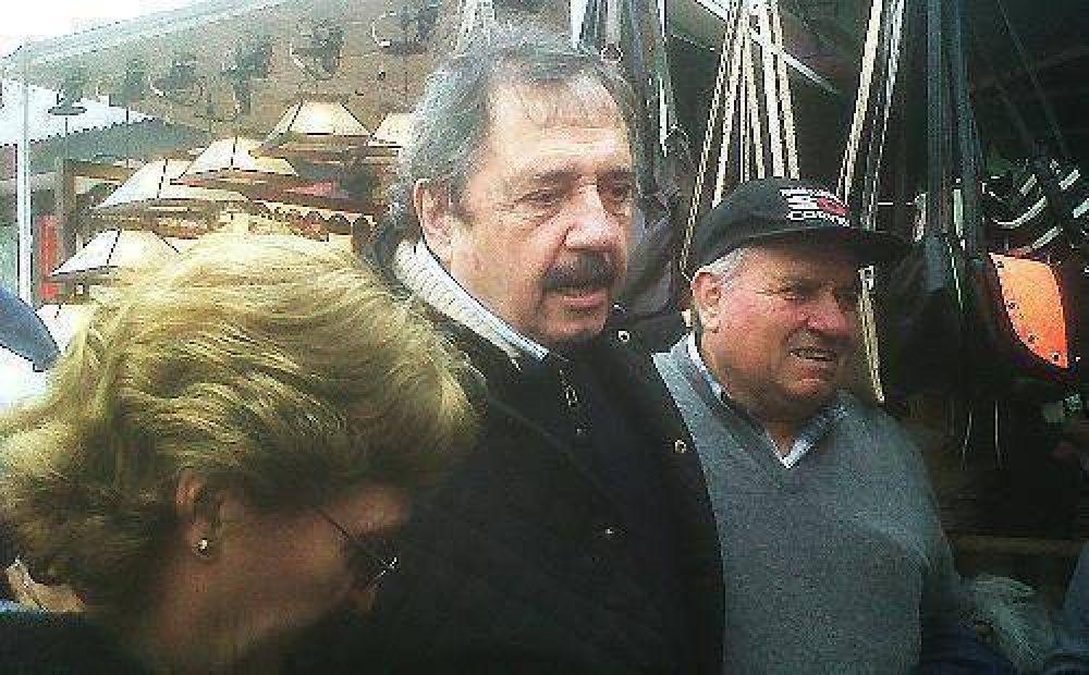 Ricardo Alfonsín hizo campaña en Tigre