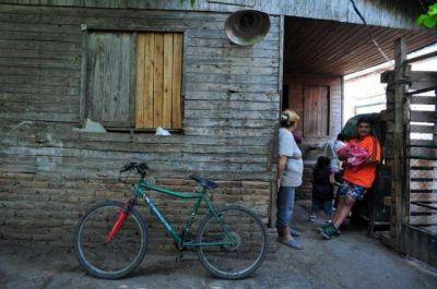 Desde marzo, 58 familias esperan irse de la villa