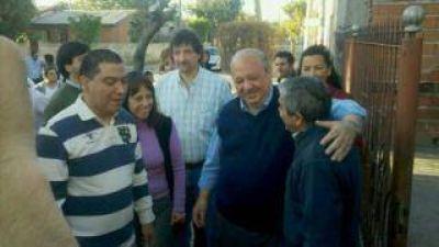 Brizuela del Moral caminó el circuito 4 junto con los candidatos del FCyS