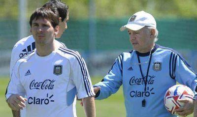 Sabella pediría que Messi viaje lesionado