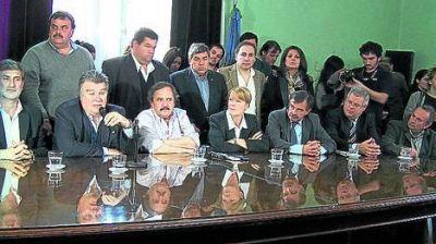 Stolbizer y Alfonsín piden fondos para los inundados