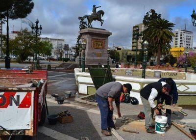 Obras de reparación en la Plaza San Martín