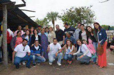 Candidatos de Compromiso Formoseño visitan los barrios