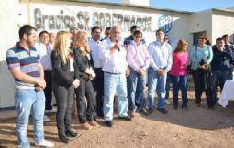 La CGT moyanista se muestra aliada a la 'Casa de las Tejas'