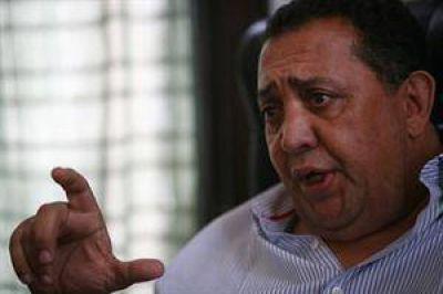 "Luis D'Elía: ""Ojalá Cristina Kirchner le dé una entrevista a Jorge Lanata"""
