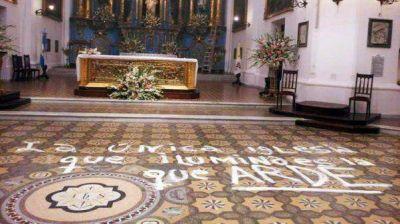 Poli dará una misa de desagravio por los daños en la Iglesia
