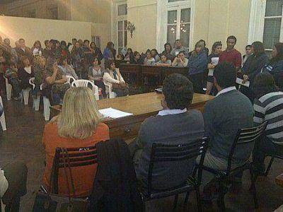 Se reunieron con Concejales para explicar el proyecto de conformación de secundaria completa