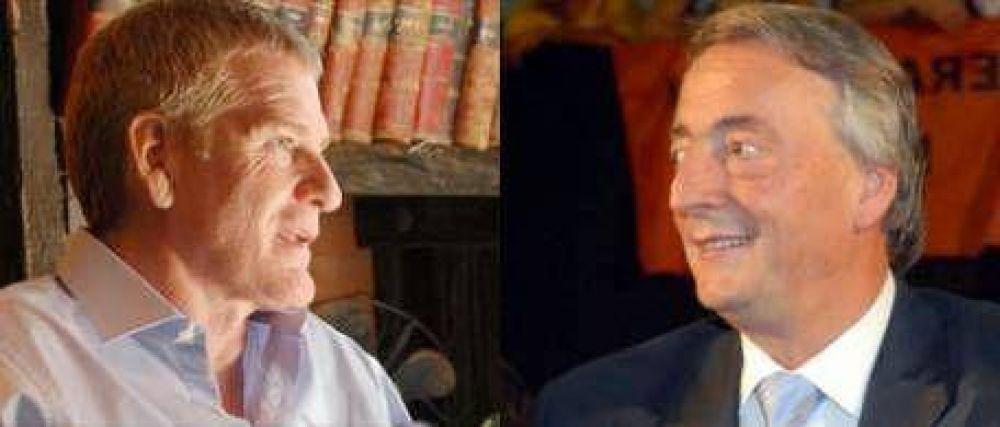 Kirchner y De Narváez se disputan los intendentes