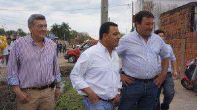 Candidatos a diputados y concejales del FpV en barrios de la ciudad