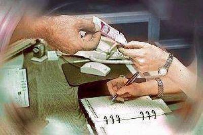 El Iosep dará de baja a los médicos que exijan pago de plus