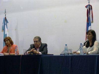 Candidatos a diputados nacionales expusieron sus propuestas ante alumnos de la UNAM
