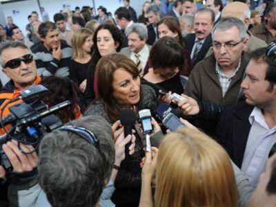 """Descanso dominical: """"que se evalúe el impacto en el turismo"""""""