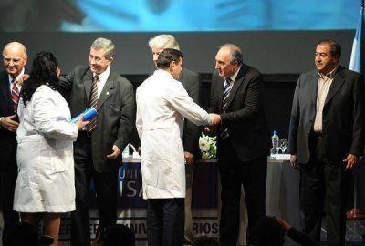 La Plata: Compromiso gremial en la formación de enfermeros universitarios