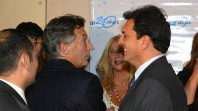 Ex Botnia: Massa y Macri se alinearon con Uruguay