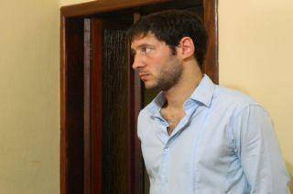 Escándalo en Carmen de Areco: Un concejal kirchnerista golpeó a un joven en un boliche