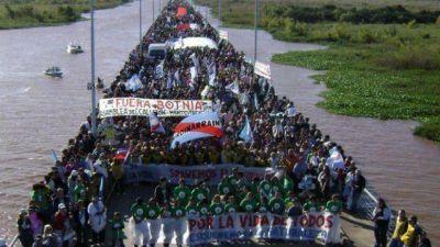 """""""Mantenemos el objetivo de cruzar la frontera y llegar a Fray Bentos"""""""