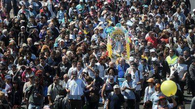 Una multitud de fieles peregrinó a Luján y rezó por Francisco