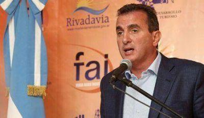El Gobernador Francisco Pérez impulsó la Ley de Mosto en la FAI de Rivadavia
