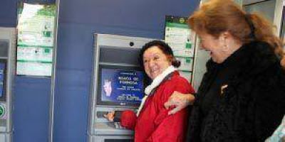 Pasivos pueden imprimir sus recibos de sueldo en cajeros