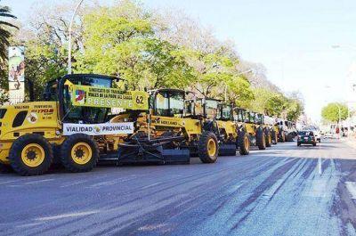 Día del Camino y el Trabajador Vial: Capitanich entregó maquinarias a Vialidad