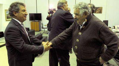 Urribarri pidió a Mujica retrotraerse a la situación previa al conflicto