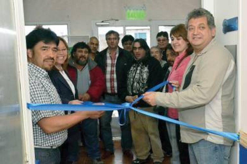 El sindicato petrolero inauguró su Centro Vacunatorio