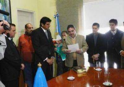 """La municipalidad pidió """"códigos"""" a los partidos durante la campaña"""