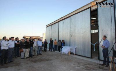 Inauguran la ampliación de la planta de GLP y el nuevo edificio de Servicios Urbanos en San Blas